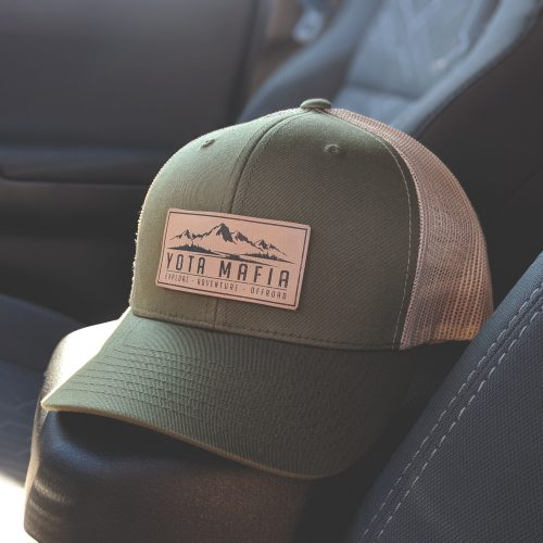 **NEW** LEATHER PATCH TRUCKER HAT MOSS/KHAKI