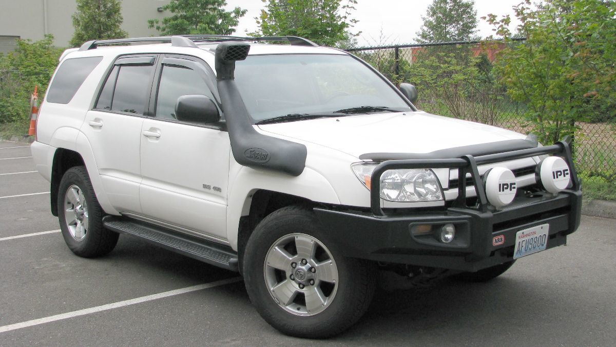 4th Gen 4runner V6 Safari Snorkel Yotamafia